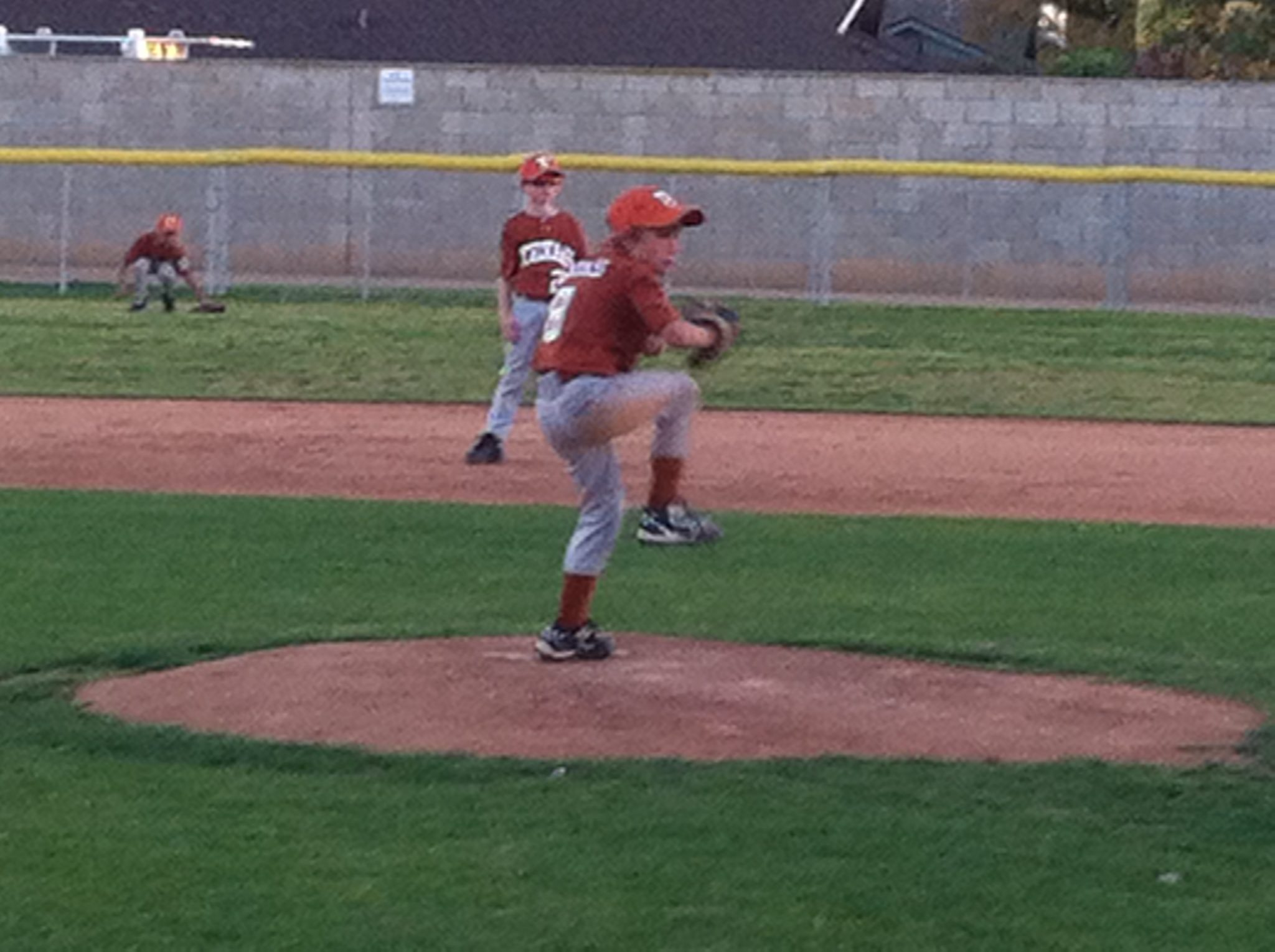 Kids Shoulder Pain- picture of a left handed pitcher ready to throw the ball